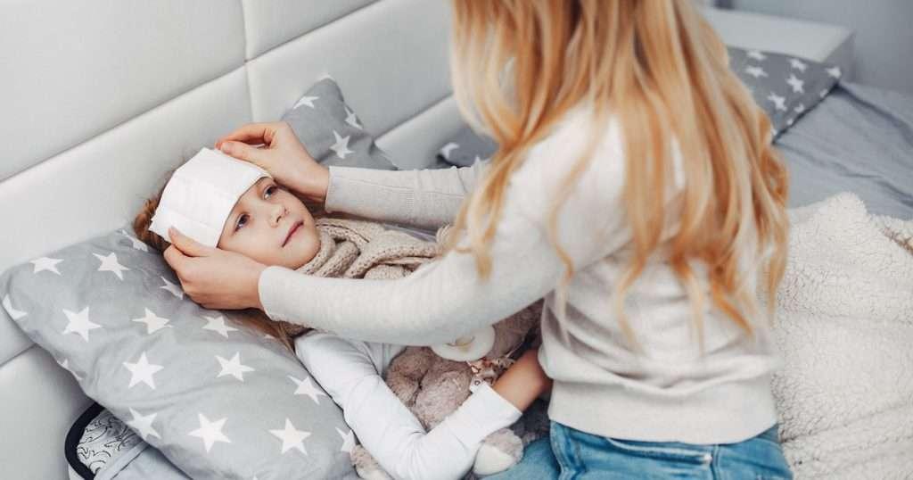 bambina febbre influenza