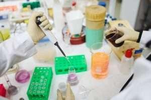 Proseguono studi su mutazioni di Covid-19